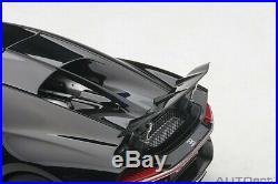 Autoart 2017 Bugatti Chiron Nocturne Noir avec Rouge Accents 1/18 Échelle Neuf