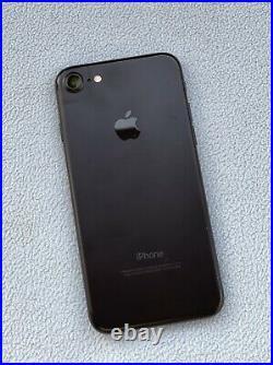 IPhone 7 Noir 128Go Débloqué Tout Opérateur Etat quasi Neuf