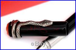 Montblanc Rouge et Noir Stylo A Bille Pointe Fine Spéciale Edition Serpent Neuf