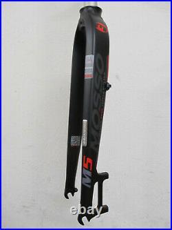 Mosso M5 435mm Aluminium Fourche Disc Only Neuf Noir-Rouge Mat 785gramm MTB 26