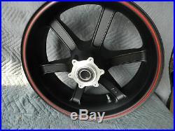 Neuf Buell Xb 1125 1125cr Piranha Noir Sans/rouge Roue Arrière G0309.02a8bydc