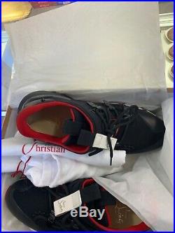 Sneakers louboutin ORIGINALE rouge et noir taille 44 état presque neuf